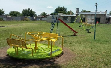 El municipio pone en valor la plaza de barrio 'Los Zorzales'