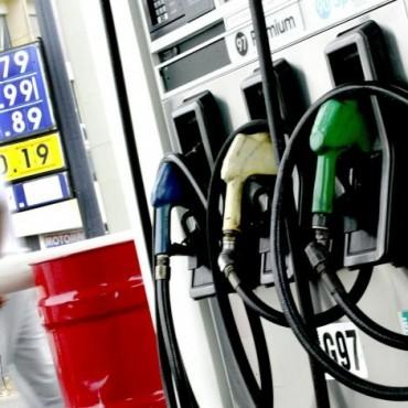Tras el fin del cepo cambiario, aumentan 6% las naftas