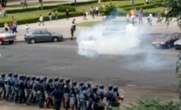 Comunicado Oficial Bloque FPV - Diputados BA: Repudio a la represión de la Policía Bonaerense y pedido de interpelación al Ministro Cristian Ritondo