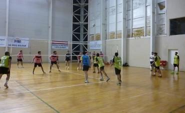 Torneo Comercial de Voley 'Copa Girasoles': Comenzó con partidos interesantes