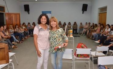 Maryta Berenguer dio una capacitación a docentes de jardines maternales