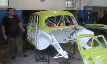 Turismo del Centro: Gajate prepara su auto pero aún está en duda de poder llegar al 6 de marzo