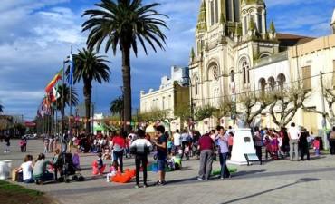 La Movida del Centro Cívico vuelve este domingo