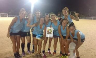 Se conocieron los campeones del 'Torneo Comercial Nocturno de Hockey' en las categorías Femenino y Masculino