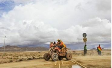 Dakar 2017: A pesar de una extensa etapa y el cambio de recorrido, Pando llegó y sigue en carrera