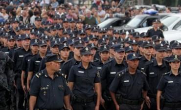 Más de 100 policías bonaerenses pasados a