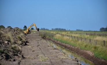 Se está realizando la limpieza del 'Canal Valerga'