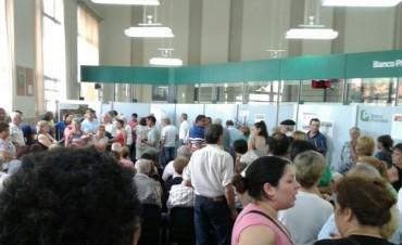 Juan Ustarroz: 'Los únicos billetes que van a salir de circulación son los de 2 pesos y en abril'