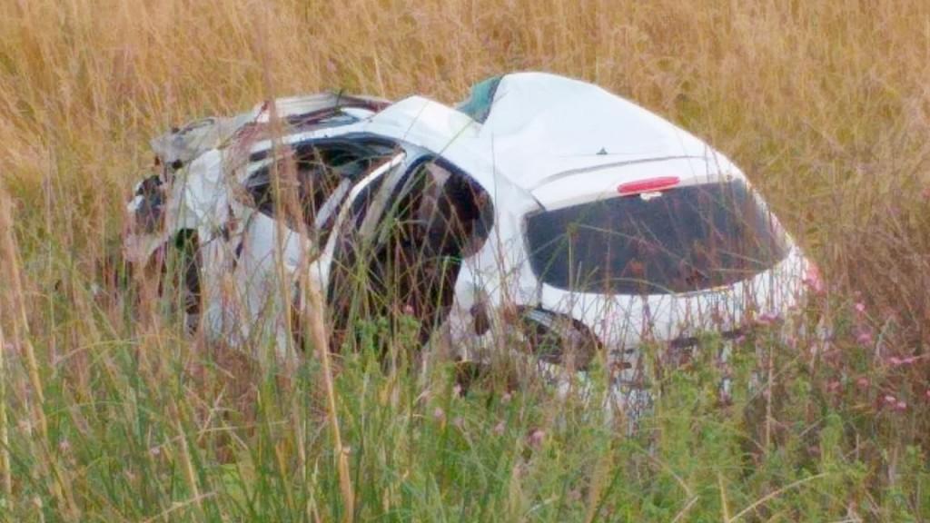 Ruta 65: espectacular vuelco con dos heridos