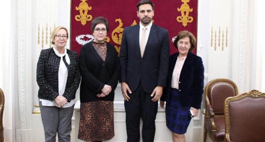 Argeri viajó a Madrid donde mantuvo varias reuniones de trabajo