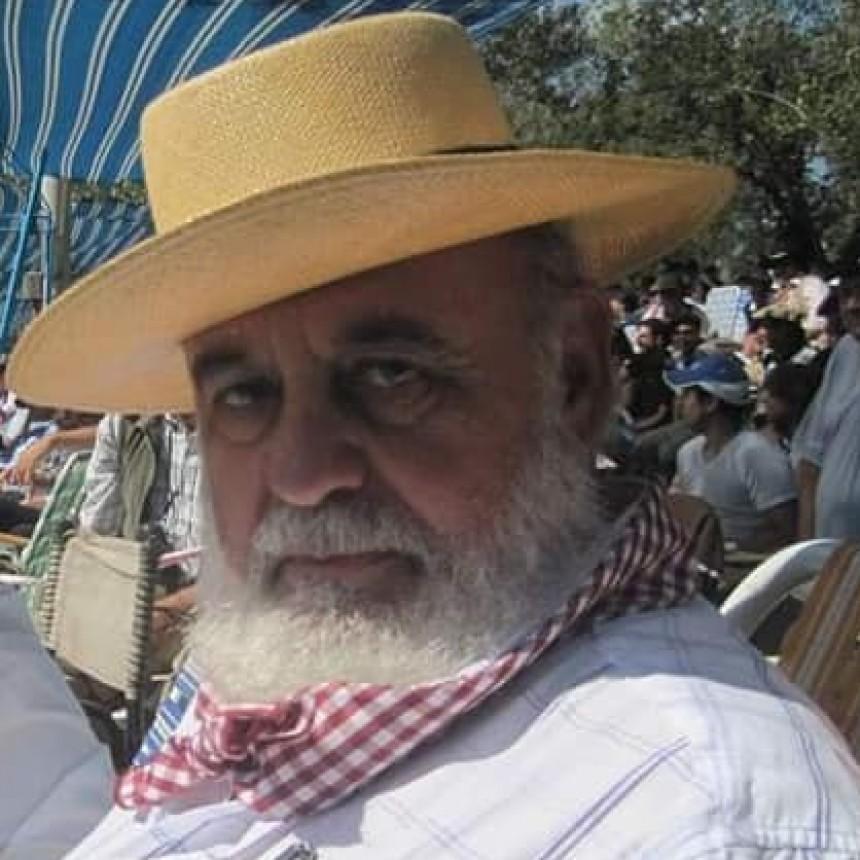 Invitan a una misa por el fallecimiento de Abel González
