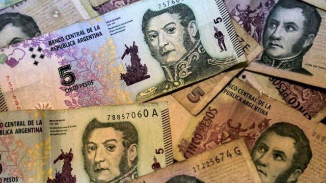 Solicitaron al Banco Central la extensión del uso del billete de 5 Pesos