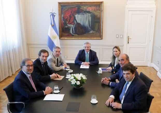 El Presidente encabezó la primera reunión del equipo encargado de la relación con EE.UU. y los organismos multilaterales