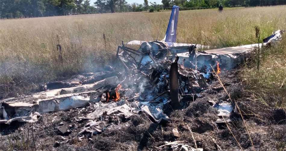 Cayó un avión en Cañuelas: dos personas fallecidas