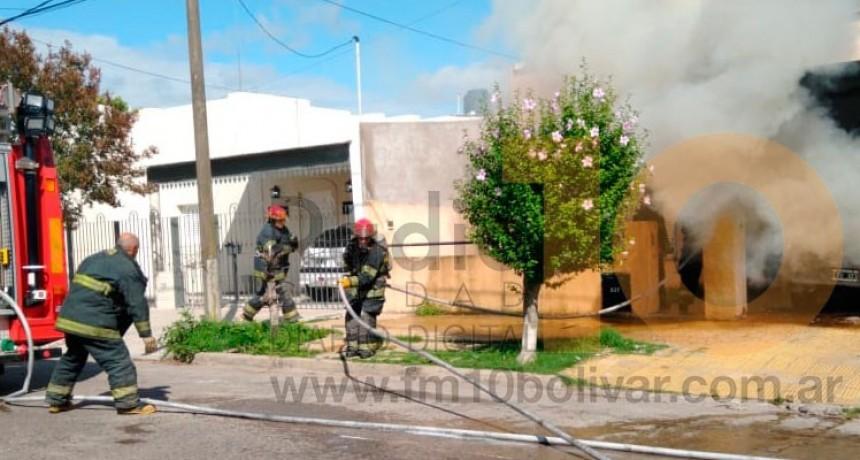 Se incendió un auto con daños totales