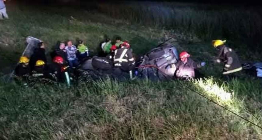 Las Flores: Dos muertos tras despiste y choque en la Ruta 3