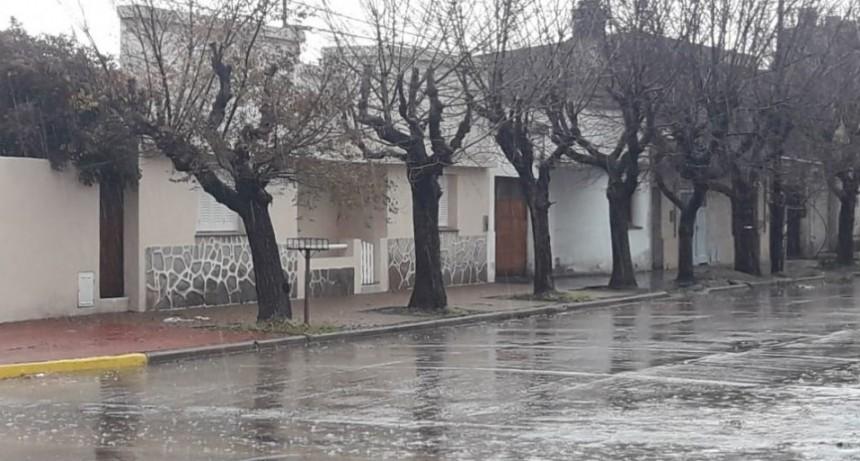 Fuertes vientos, granizo y 25 MM se registraron en Bolívar, las localidades y zonas aledañas