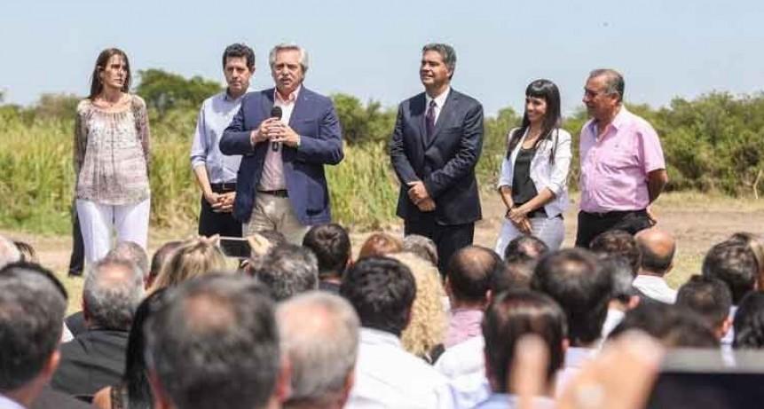 El presidente Alberto Fernández encabezó la inauguración de un complejo de viviendas en Chaco