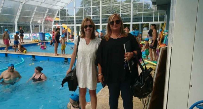Consejeros escolares visitaron el Parque Acuático Municipal