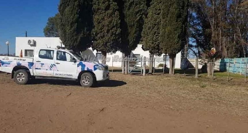 Guamini: Un adolescente perdió la vida al ser despedido de la camioneta que conducía en un camino rural