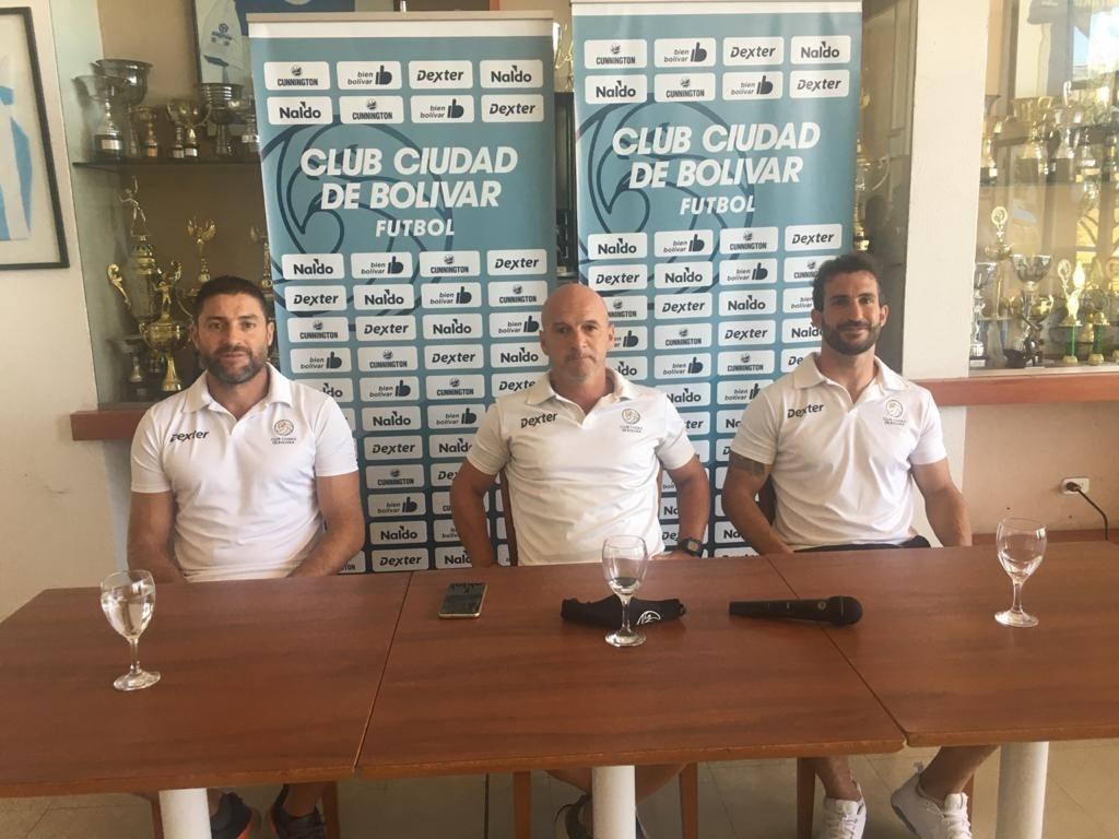 El Club Ciudad presentó a las nuevas incorporaciones y dio detalles del protocolo sanitario que aplicarán
