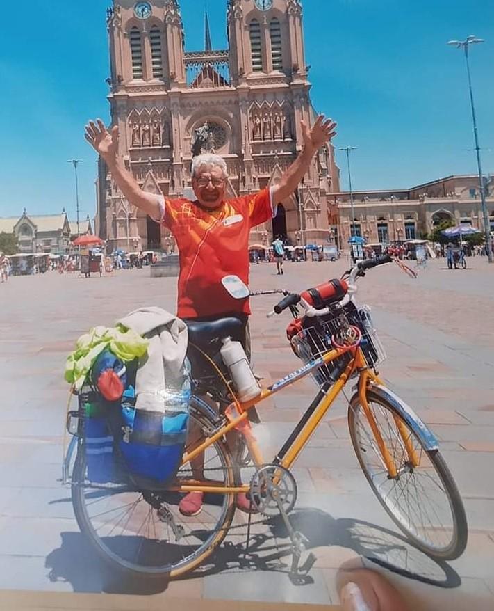 Travesía en bicicleta: A los 70 años, Ángel Marilú pedaleó hasta la Basílica de Luján