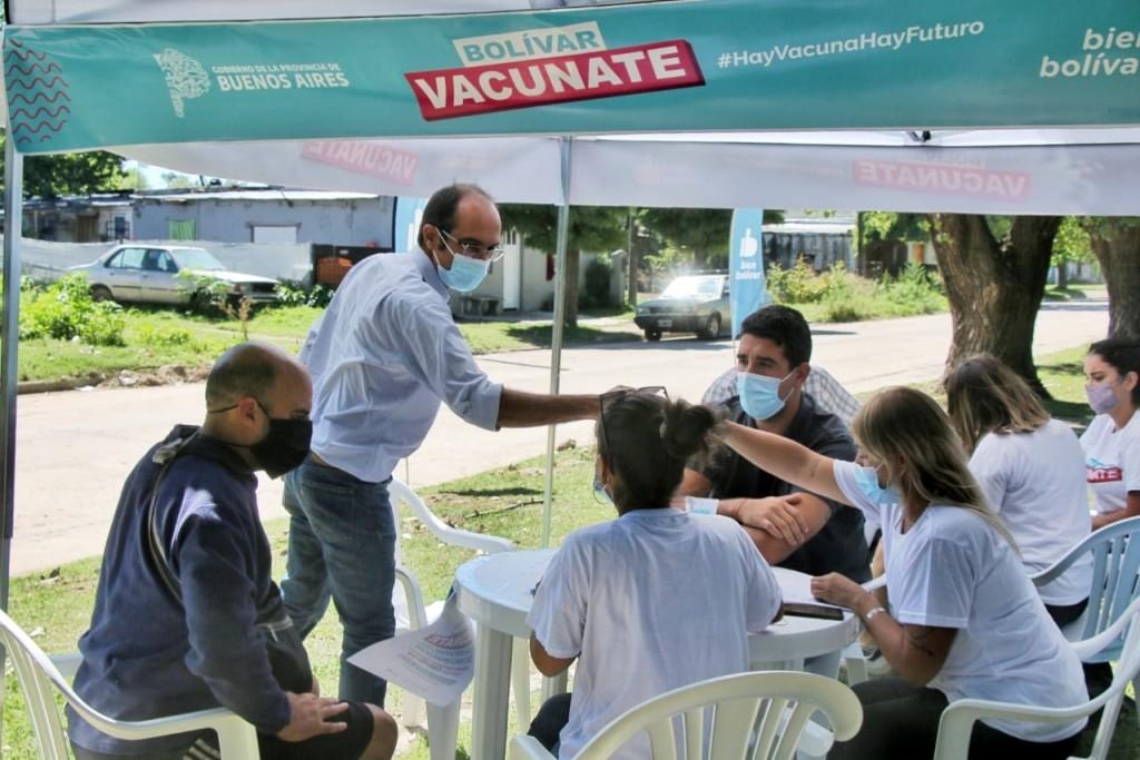 Barrios Pompeya, Recuerdo, Parque y La Portada: comenzó la inscripción a bolivarenses que desean vacunarse