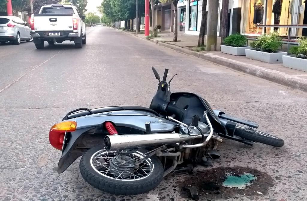 Impacto en avenida Guillermo Brown y calle Boer