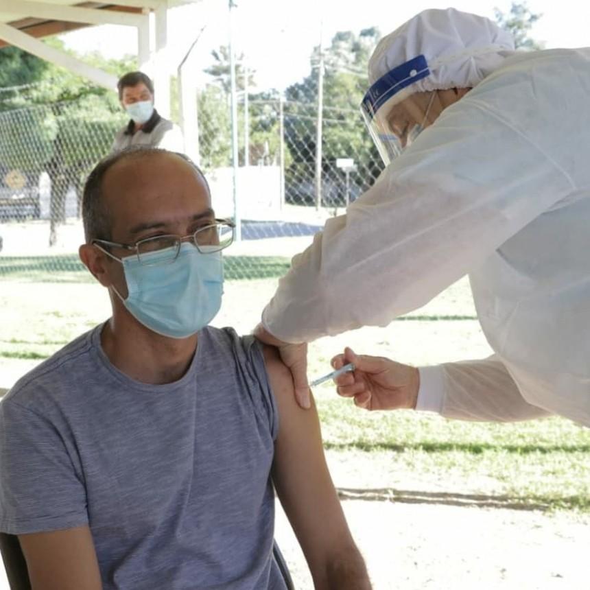 Bolívar Vacunate: El Intendente Pisano recibió la segunda dosis de la vacuna Sputnik V