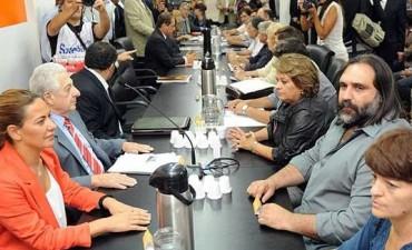 """""""Aumentos de enero y febrero son parte de la paritaria 2015"""""""