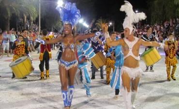 Unas quince mil personas disfrutaron de la segunda noche de carnaval