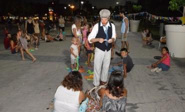 Centro Cívico: Música y Clown en la 'Ronda Catonga'