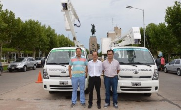 La Municipalidad adquirió dos nuevos camiones hidrogrúas