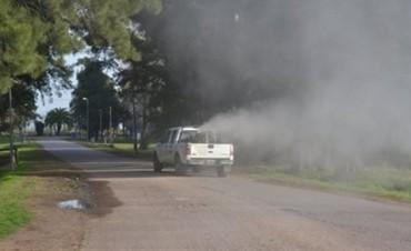 Hoy sigue el operativo de fumigación en los barrios