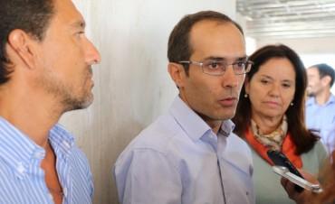 Pisano recorrió el CRUB con el equipo de Educación y un grupo de alumnos
