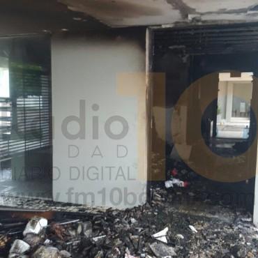 Voráz incendio en una oficina de la Cooperativa Eléctrica de Bolívar con casi pérdidas totales