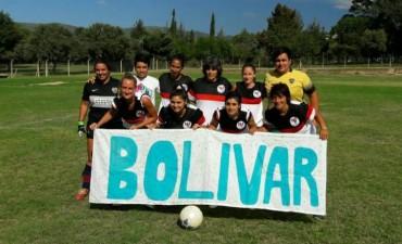 El equipo femenino de Casariego viajó a Córdoba y ganó su primer partido
