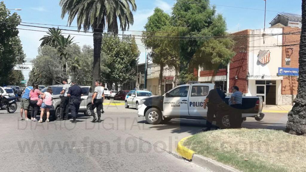 Leve colisión en Avenida Lavalle y Roca