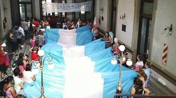 Coronel Suárez: tras otros 140 despidos, ex empleados de Dass se manifestaron en el municipio