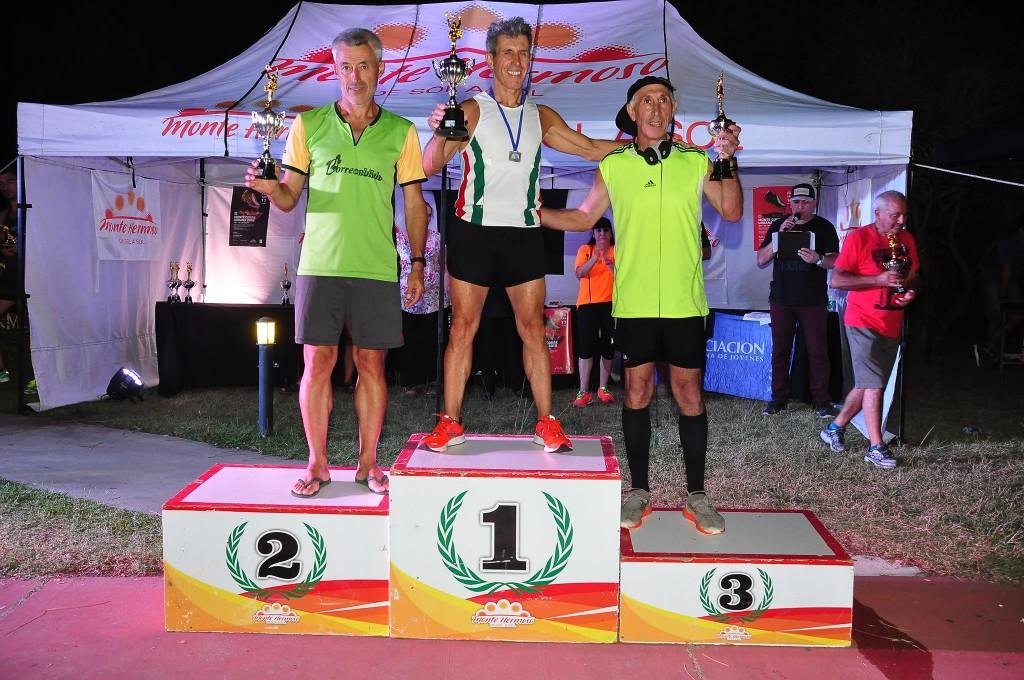 Rubén Aires resultó campeón del Monte Corre 10k Urbana