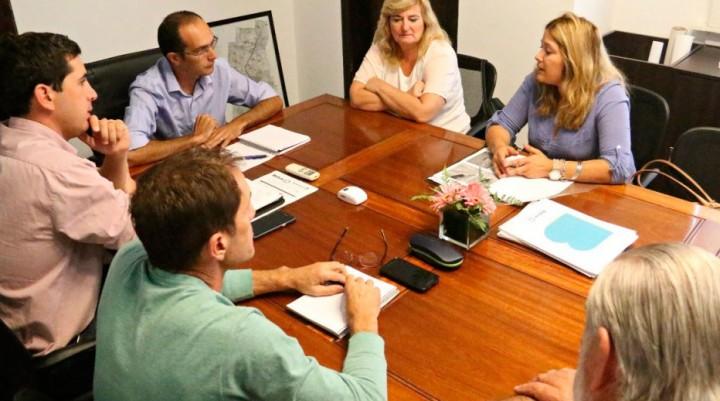 Pisano afirma su compromiso con los caminos rurales