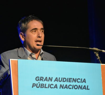 El Defensor del Pueblo bonaerense estuvo en la audiencia pública nacional por la suba de los servicios públicos y criticó los aumentos.