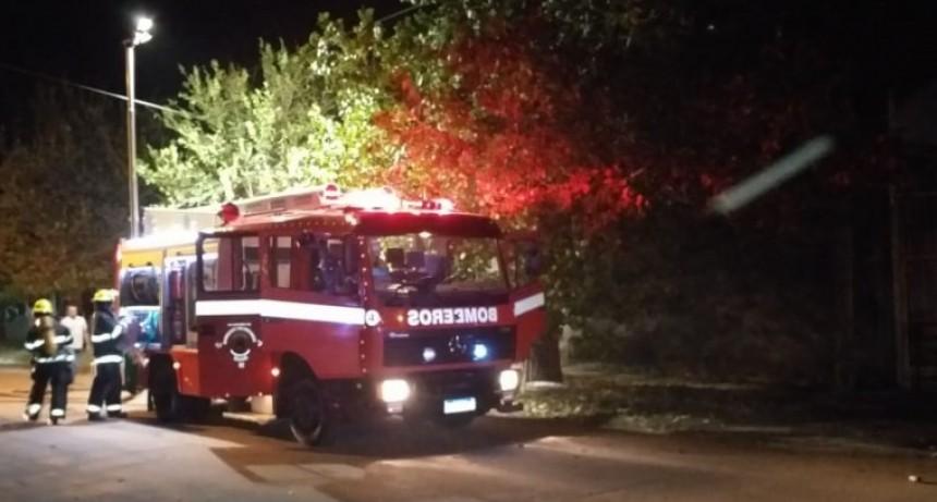 Ahora: Voraz incendio en una vivienda de calle Balcarce