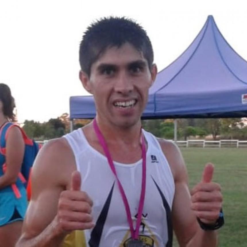 Gustavo Fernández se quedó con el 1º lugar del podio en la 6º edición del Maratón Me Encanta Bolívar