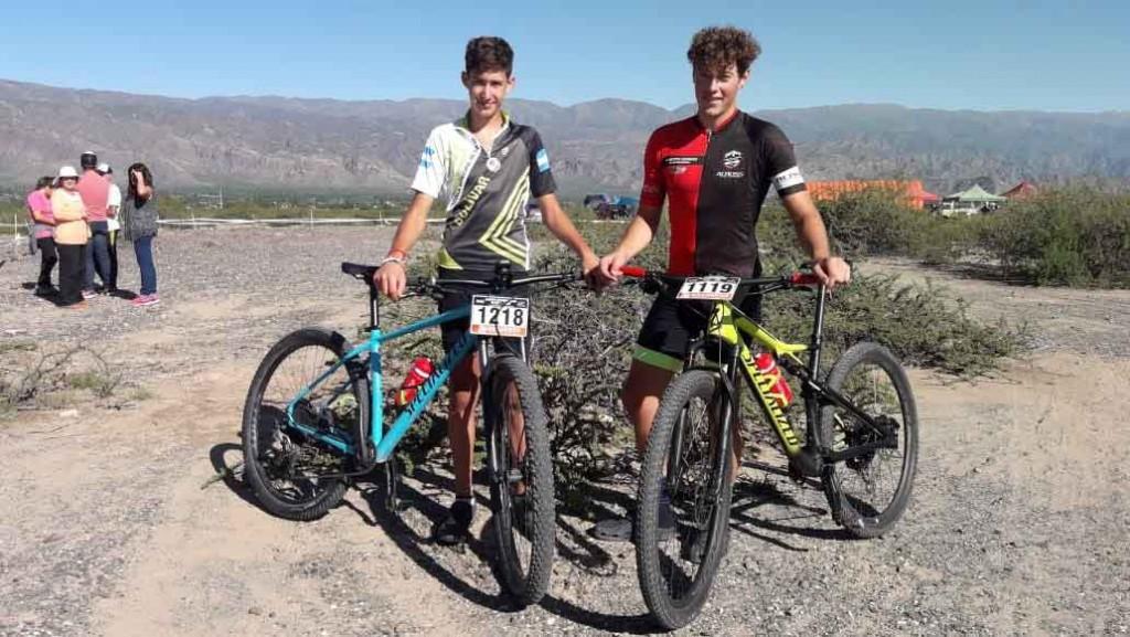 Ciclistas locales continúan participando en importantes competencias representando a la ciudad