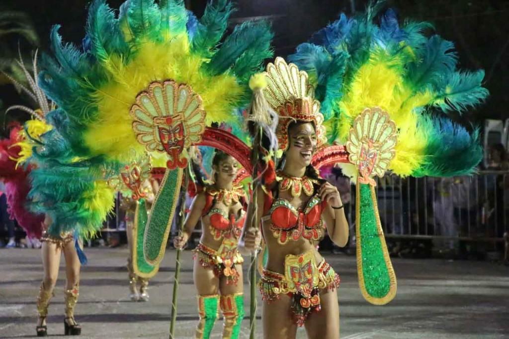 Burucuya cerró la primera noche de la fiesta del Carnaval 2020
