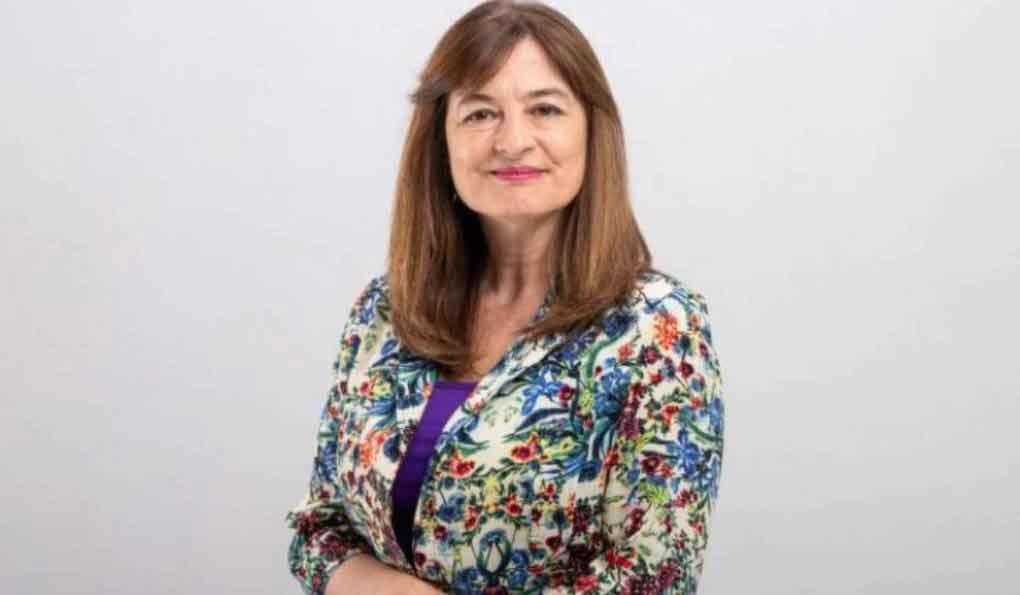 La Ministra Estela Díaz participa del II libro de mujeres bolivarenses