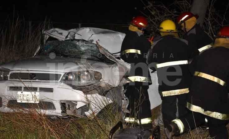 Trágico accidente en el Camino de los Pueblos entre las localidades de Colonia Hinojo y Sierra Chica; dos personas fallecidas