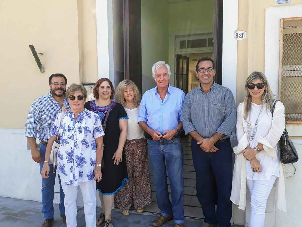 Azul; autoridades de PAMI visitaron el centro de día vivencias
