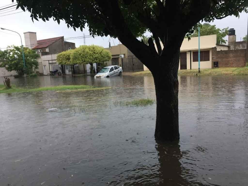 Chivilcoy; Llovió 130 mm en pocas horas. 42 personas evacuadas, más de 100 domicilios afectados